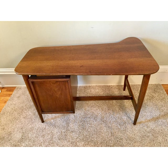 American of Martinsville Desk & Chair - A Pair - Image 5 of 11