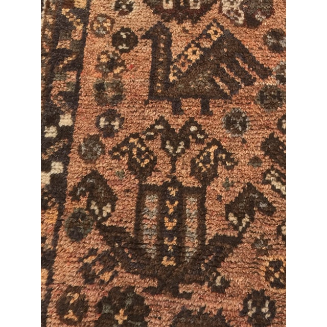 """Vintage Persian Shiraz Area 70-Year-Old Rug - 4'6"""" x 6'3"""" - Image 7 of 10"""