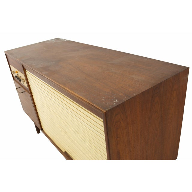 Wood Jens Risom Mid Century Walnut Tambour Door Stereo Console Credenza For Sale - Image 7 of 9