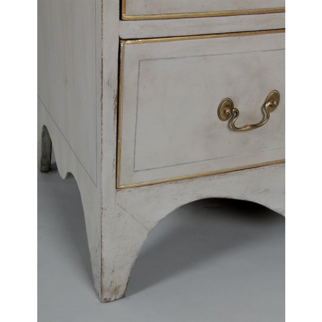 Antique American Country Hepplewhite Painted Chest of Drawers For Sale - Image 4 of 7
