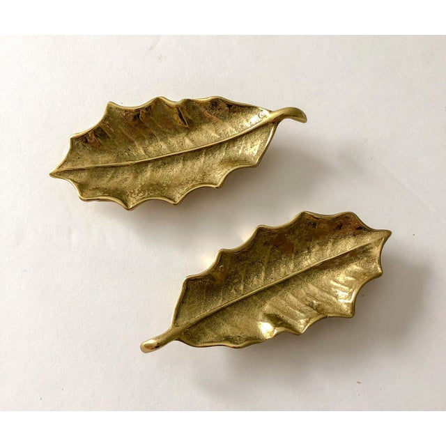 Traditional Virginia Metalcrafters Brass Holly Leaves, Pair For Sale - Image 3 of 3