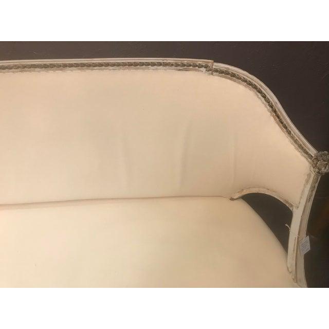 Gustavian (Swedish) Antique Swedish White Settee For Sale - Image 3 of 10