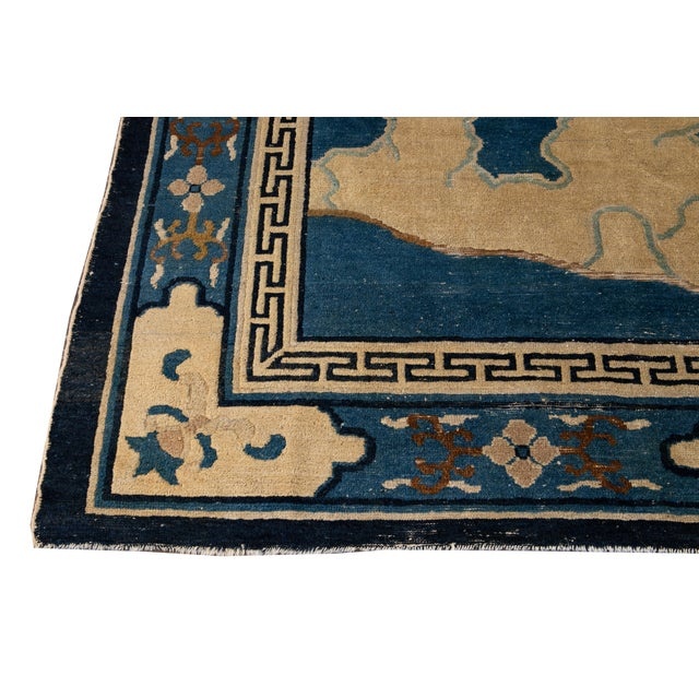 Early 20th Century Antique Art Deco Chinese Peking Wool Rug For Sale In New York - Image 6 of 13