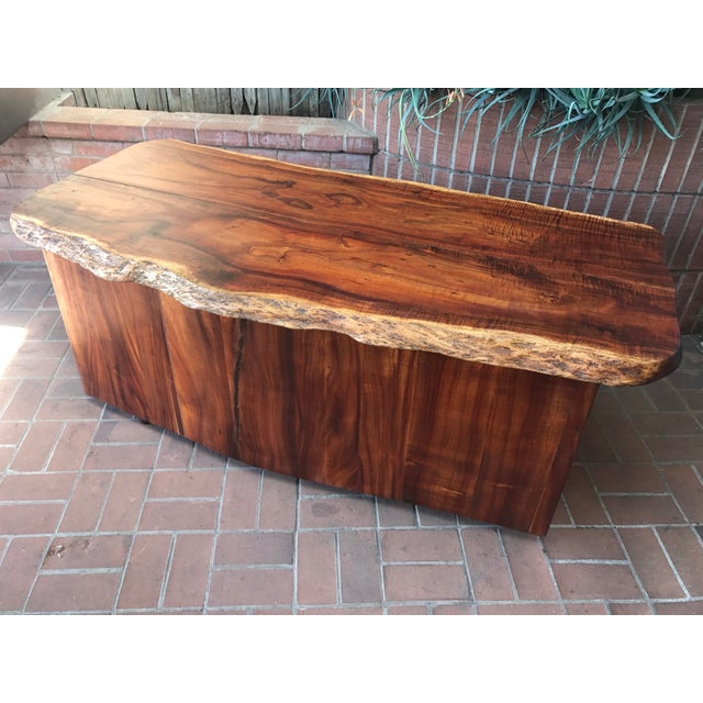 1970s Primitive Wood Slab Executive Desk For Sale In Phoenix - Image 6 of 10