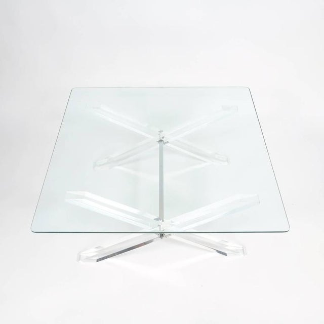 French Lucite X-Frame Coffee Table, circa 1970 For Sale - Image 3 of 7