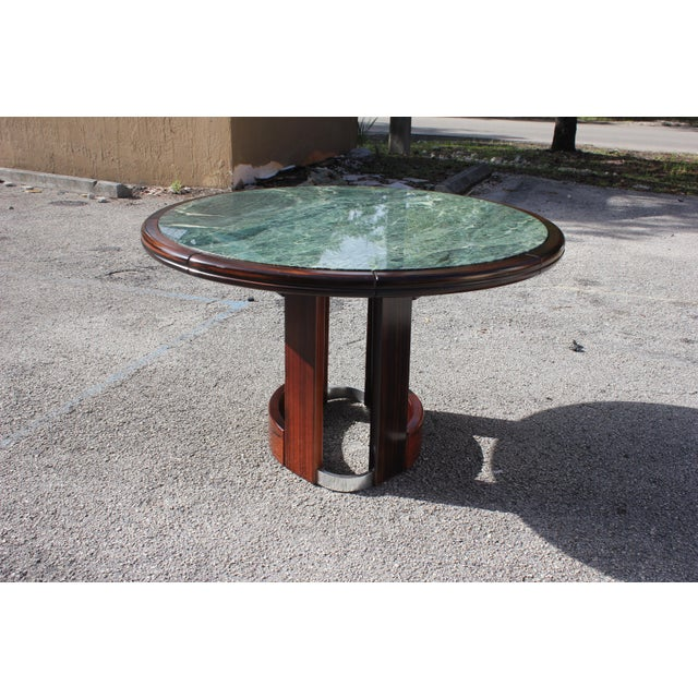 1940s French Art Deco Macassar Ebony Round Center Table With Green Marble Top For Sale - Image 5 of 13
