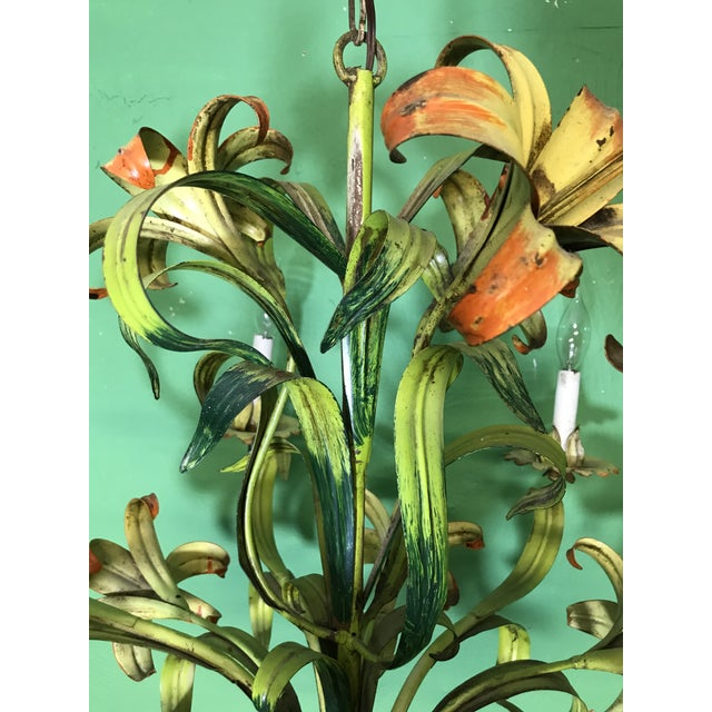 Hollywood Regency Vintage Italian Hand Painted Tiger Lily Tole Chandelier For Sale - Image 3 of 13