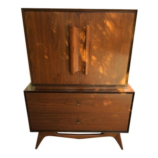 Albert Pravin Style Gentleman's Dresser Chest For Sale