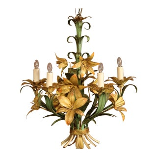 Early 20th Century French Painted Iron and Tole Chandelier With Flowers For Sale