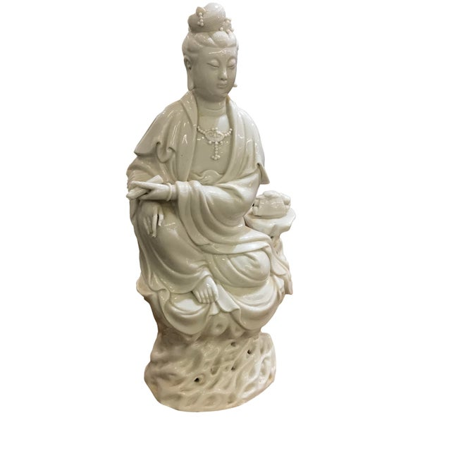 Mid 20th Century Chinese Blanc De Chine Figure For Sale - Image 4 of 4