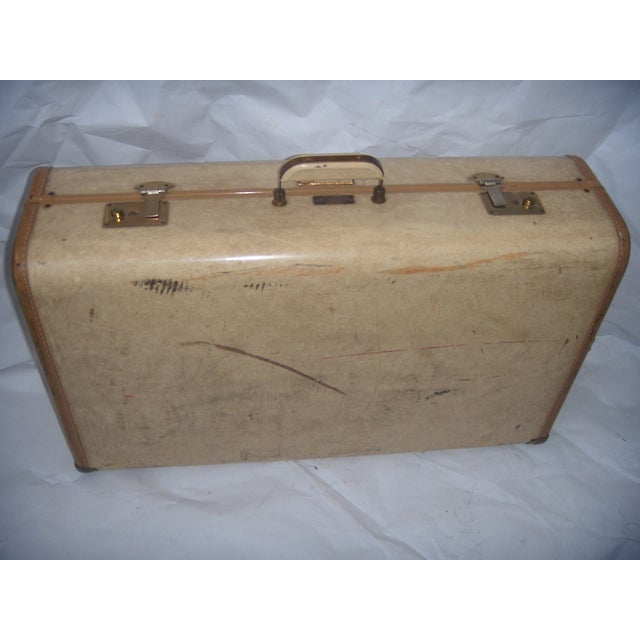 Traditional Mid Century Penney's Towncraft Vinyl Suitcase For Sale - Image 3 of 10