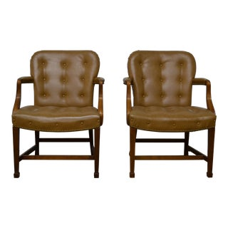 Kittinger Chippendale Style Tufted Leather Arm Chairs - a Pair For Sale
