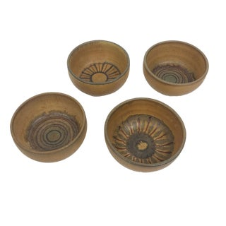 Mid Century Modern Kamini Studio Pottery Bowls - Set of 4 For Sale