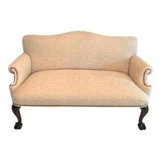 Embroidered Linen George II Camelback Mahogany Loveseat / Settee For Sale