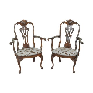 Henredon Rittenhouse Square Collection Pair of Mahogany Queen Anne Arm Chairs