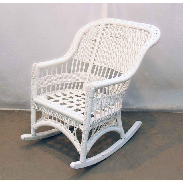 Vintage White Wicker Patio Set 5 Pc Set Chairish