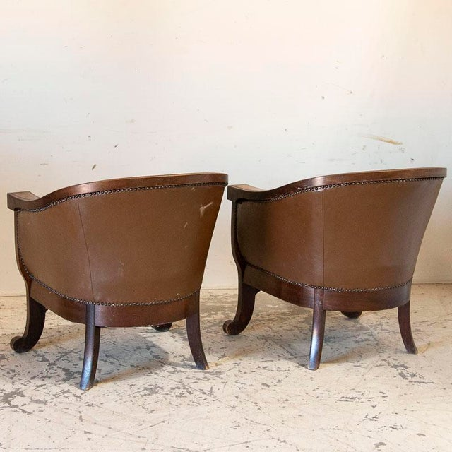 Leather Vintage Leather Sofa and Arm Chairs - Set of 3 For Sale - Image 7 of 11