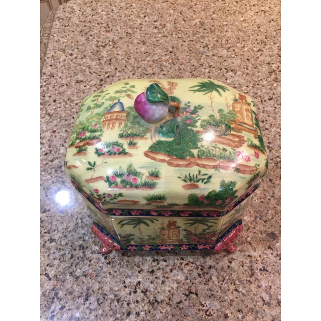 Asian Chinoiserie Lidded Box Uw 1897 For Sale - Image 3 of 13