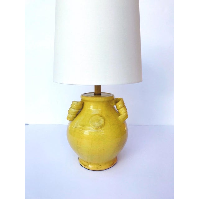 Pair of Elegant Chinese Pottery Lamps in Antique Yellow Glaze For Sale In Miami - Image 6 of 12
