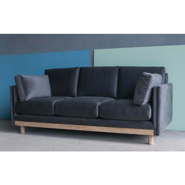Early 21st Century Ebb and Flow Chelsea Sofa For Sale - Image 5 of 6