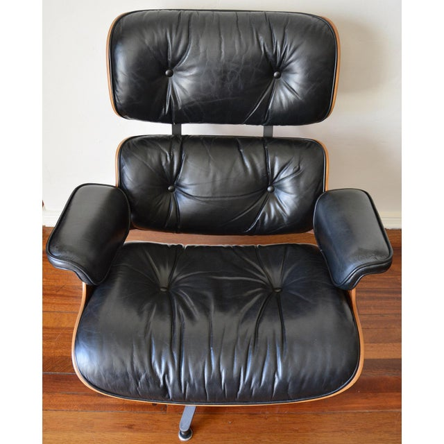 Danish Modern Vintage Herman Miller Rosewood Eames Lounge Chair & Ottoman For Sale - Image 3 of 11