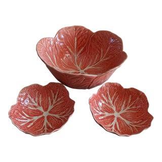 1980s Vintage Bordallo Pinheiro Pink Cabbage Leaf Salad Set - Set of 3 For Sale