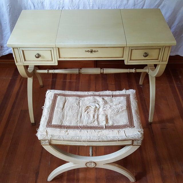 Vintage Kindel French Provincial Vanity & Bench - Image 2 of 10