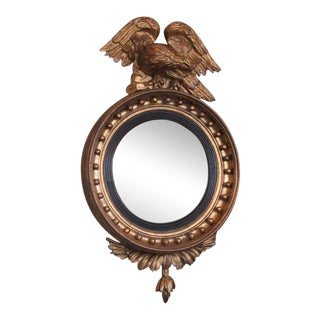 Early 19th Century English Regency Giltwood Convex Mirror with Displayed Eagle For Sale
