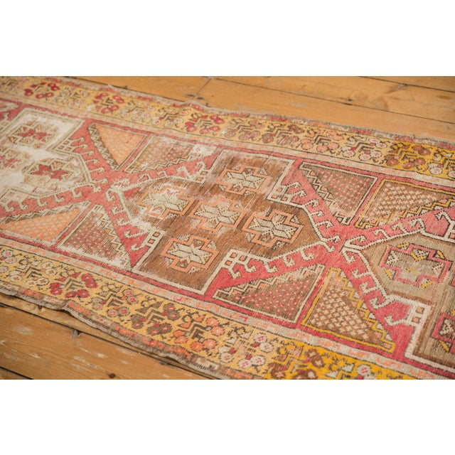 """Vintage Distressed Oushak Rug Runner - 2'11"""" X 9'5"""" For Sale In New York - Image 6 of 7"""