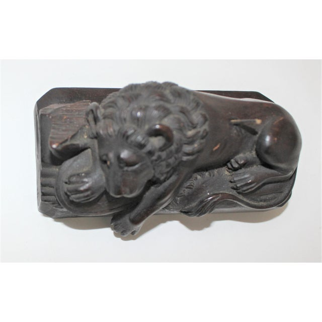 19c Grand Tour Carving of Thorvaldsen's Lion of Lucerne Sculpture Monument For Sale In West Palm - Image 6 of 9
