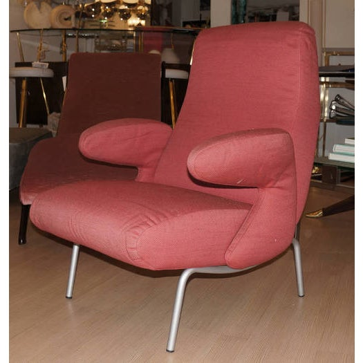 The Dolphin club chair is considered one of the best Italian armchair designs of the 50's. It was designed in 1954 by...