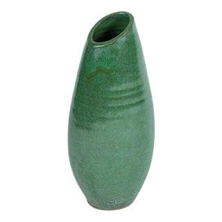 1950s Mid Century English Glazed Green Ceramic Vase For Sale