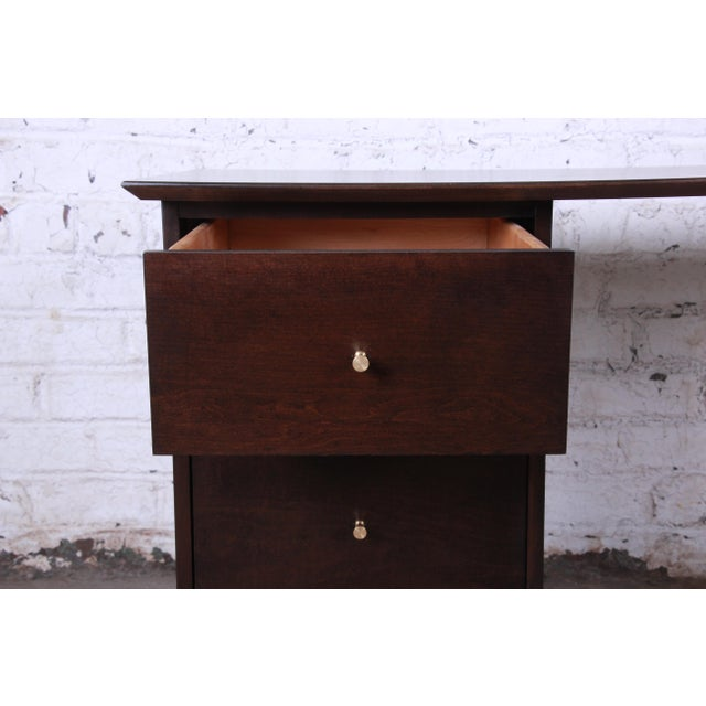 Paul McCobb Mid-Century Modern Planner Group Desk For Sale In South Bend - Image 6 of 12