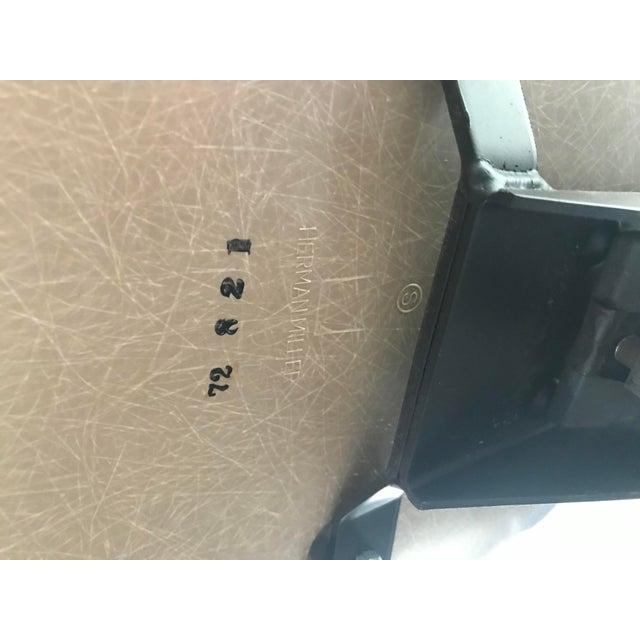 Herman Miller 1970s Herman Miller Vinyl Shell Chair For Sale - Image 4 of 9
