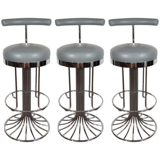 Set of Three Mid-Century Modern Chrome and Dove Gray Swivel Bar Stools For Sale