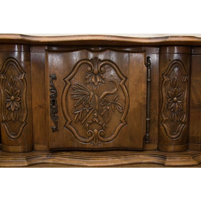 Early 20th Century 20th Century, French, Louis XV Style Walnut Buffet with Super Structure For Sale - Image 5 of 10
