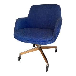 1970's Steelcase Mid-Century Modern Blue Swivel Barrel Chair For Sale
