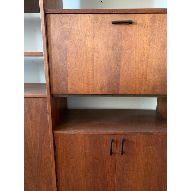 Mid 20th Century Mid-Century Walnut Shelving Unit with Desk For Sale - Image 5 of 9