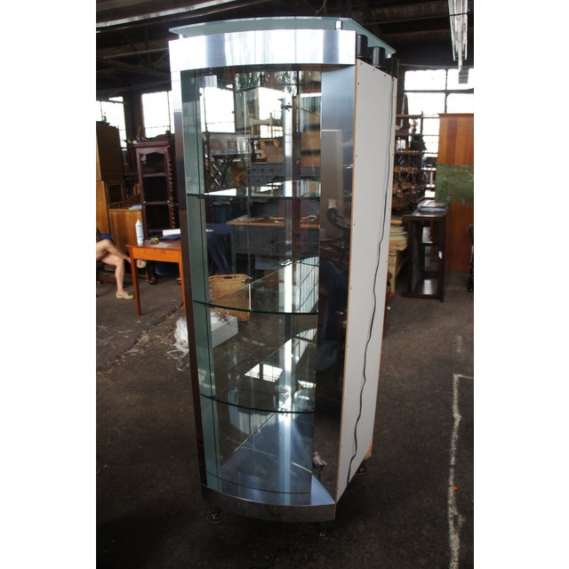 1990s Vintage Chrome Illuminated Modern Display Cabinet For Sale - Image 6 of 13