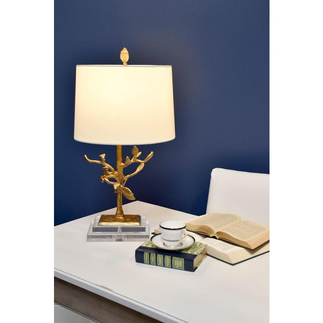 Two current themes forms nature and gold plaster were the inspiration for this lamp. Adding the double base and the...