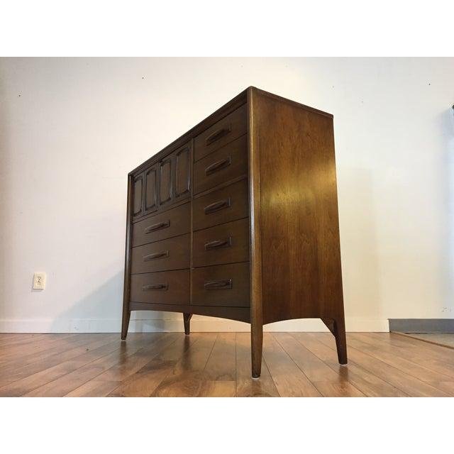 Midcentury Modern Broyhill Premier Dresser For Sale - Image 5 of 11