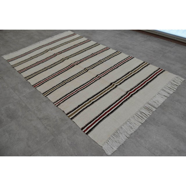 Islamic Vintage Natural Turkish Cotton Stripe Kilim Rug - 4′7″ × 7′9″ For Sale - Image 3 of 9