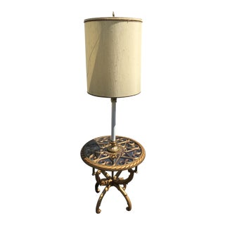Vintage Hollywood Regency Syroco Table Lamp For Sale