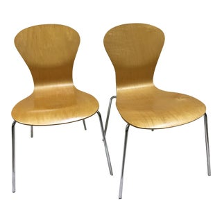 Mid-Century Modern Ross Lovegrove for Knoll Studio Sprite 2004 Chairs - a Pair
