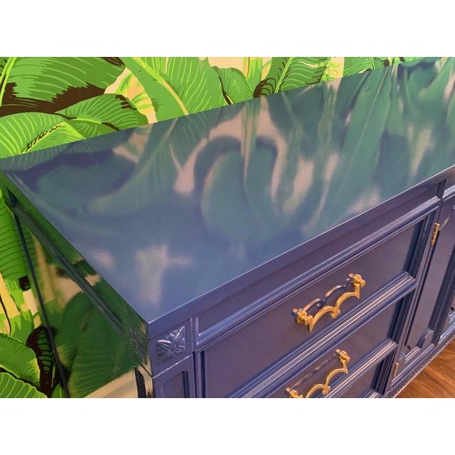 American of Martinsville Mid-Century Nine Drawer Dresser by American of Martinsville For Sale - Image 4 of 9