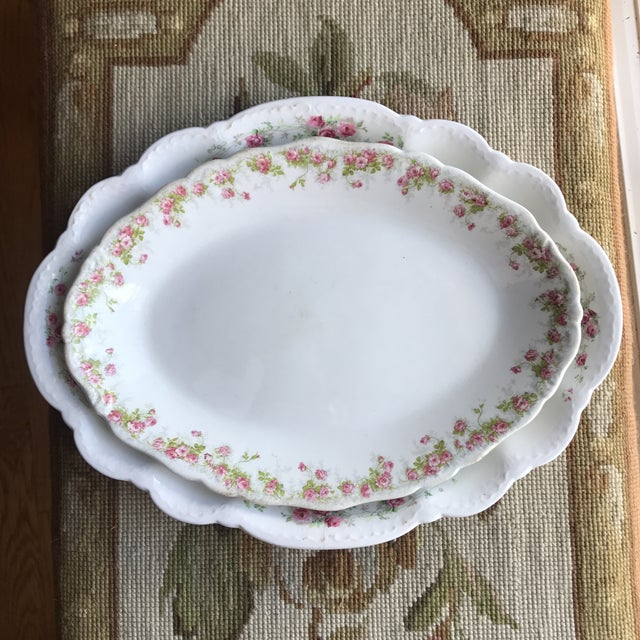 Vintage Floral Platters - Laughlin & Bassett in Cottage Rose Themes, Set of 3 For Sale - Image 4 of 11