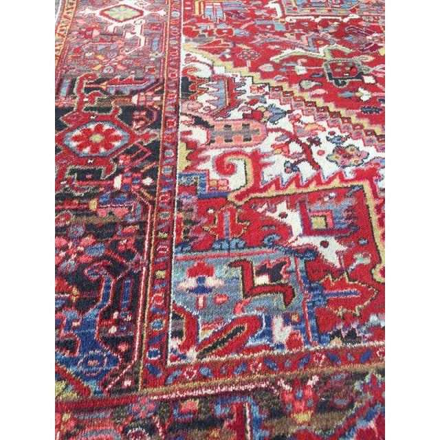 """Antique Persian Heriz Rug - 7'8"""" x 11'3"""" - Image 5 of 6"""