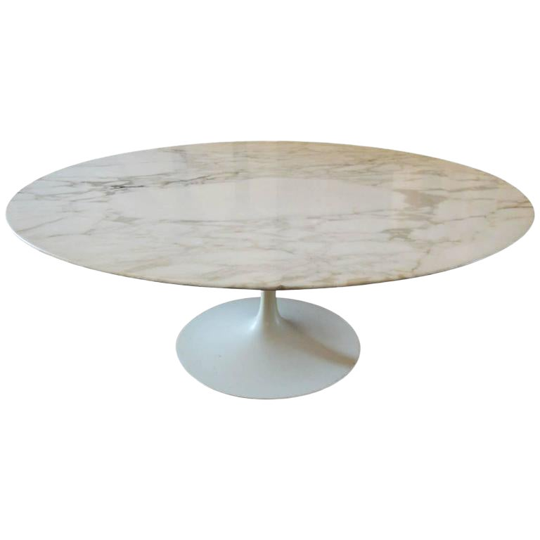1960s Mid Century Modern Eero Saarinen Round Marble Coffee Table