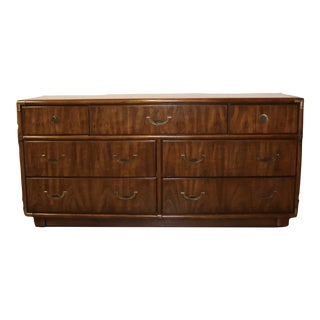 1960s Vintage Accolade by Drexel Mid Century Modern 7 Drawer Wooden Dresser For Sale