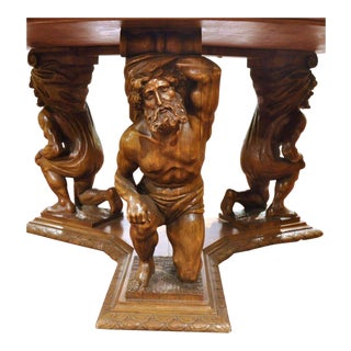 Late 19th Century Italian Carved Walnut Renaissance Round Center Table For Sale